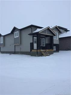 House for Sale W 63 Lasalle Road Lethbridge Alberta $369,000