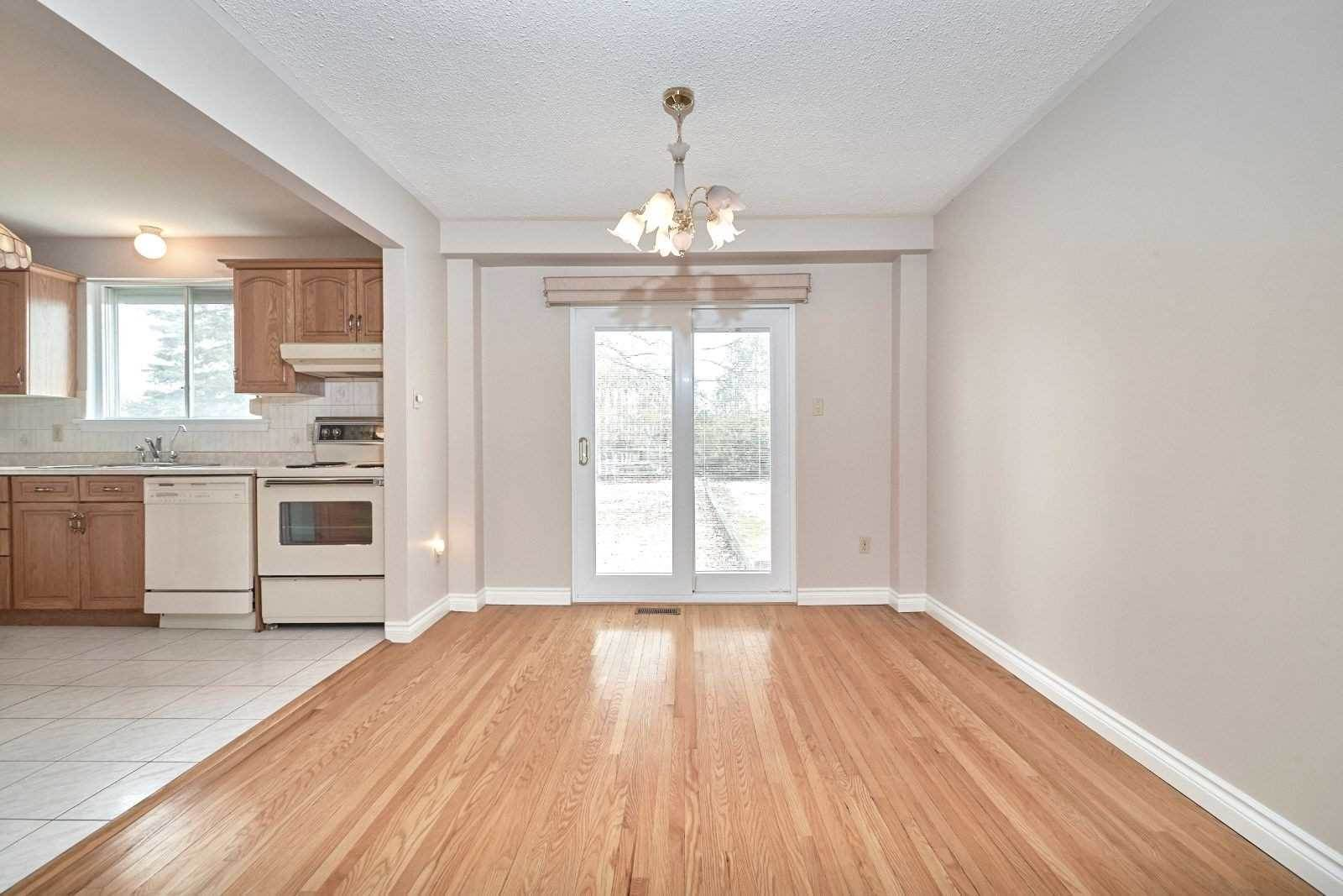 65 Marshall St, Barrie House For Sale