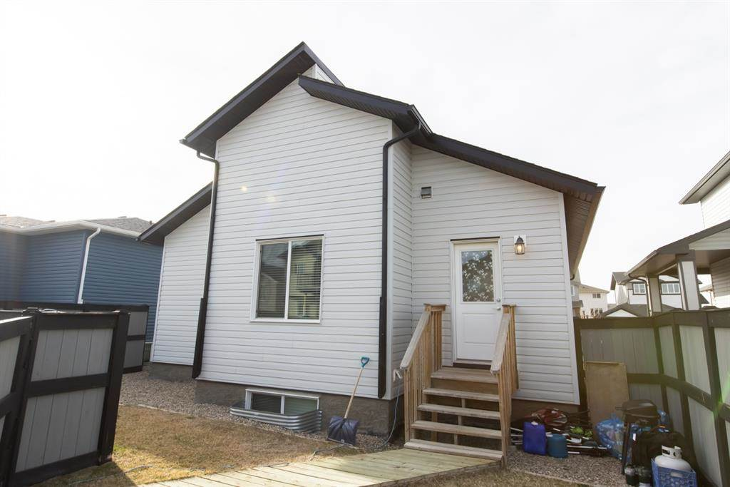624 Aquitania Boulevard W in Lethbridge - House For Sale : MLS# a1090178 Photo 7