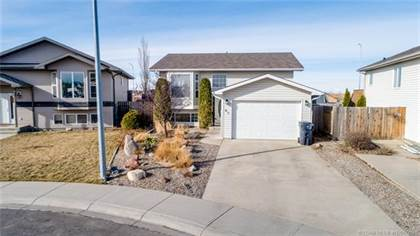86 Blackfoot Court W Lethbridge Alberta $295,000