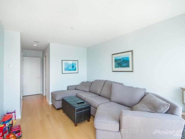 38 Front Street, Nanaimo Condo For Sale