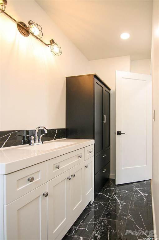 247 Maple Avenue in Yorkton - House For Sale : MLS# sk842844 Photo 14