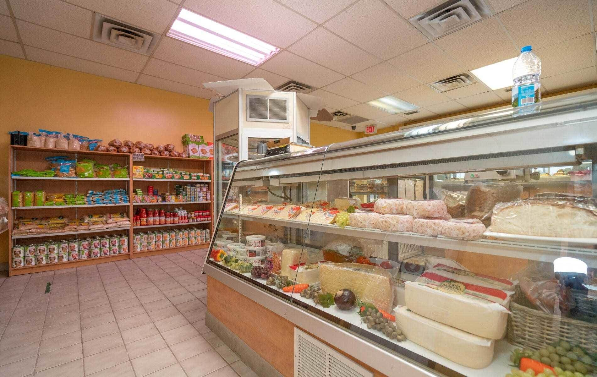 4 Mclaughlin Rd S in Brampton - Commercial For Sale : MLS# w5140894 Photo 4