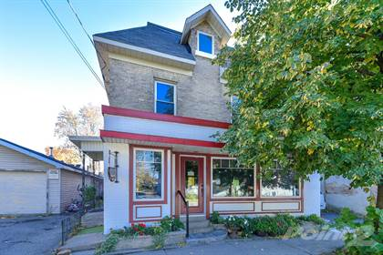 Commercial for Sale  in 21 Gore St., Perth, Ontario, K7H2L7