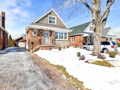 House for Sale 42 Garside Avenue S Hamilton Ontario $499,900