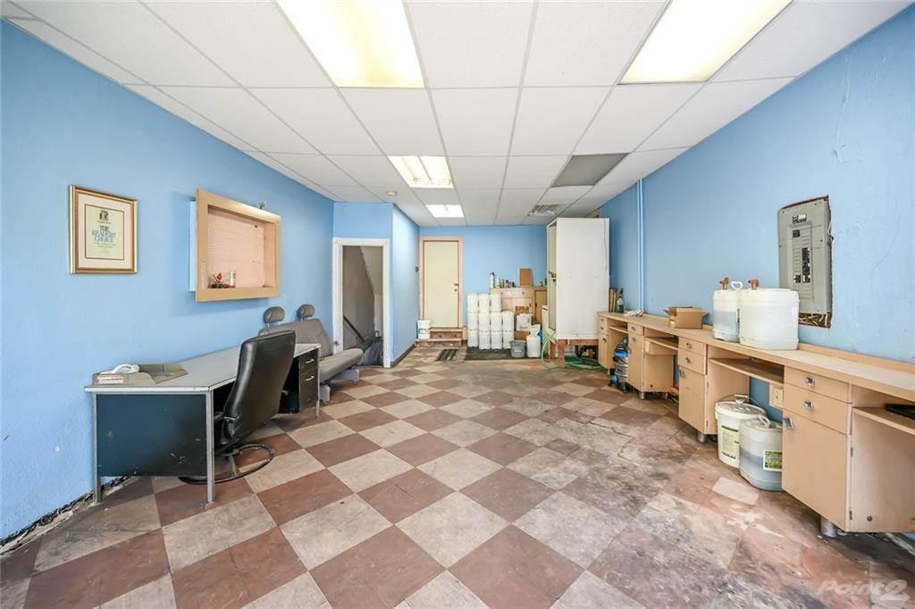 731 Barton Street E in Hamilton - Commercial For Sale : MLS# h4102967 Photo 6