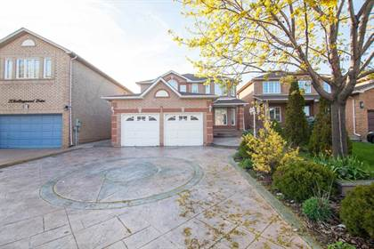 House for Sale 19 Rollingwood Dr Brampton Ontario $889,000